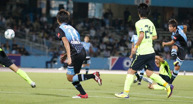 110928frontale01