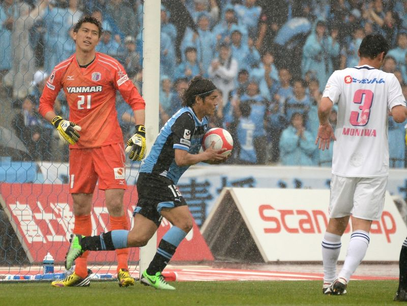 130511frontale02