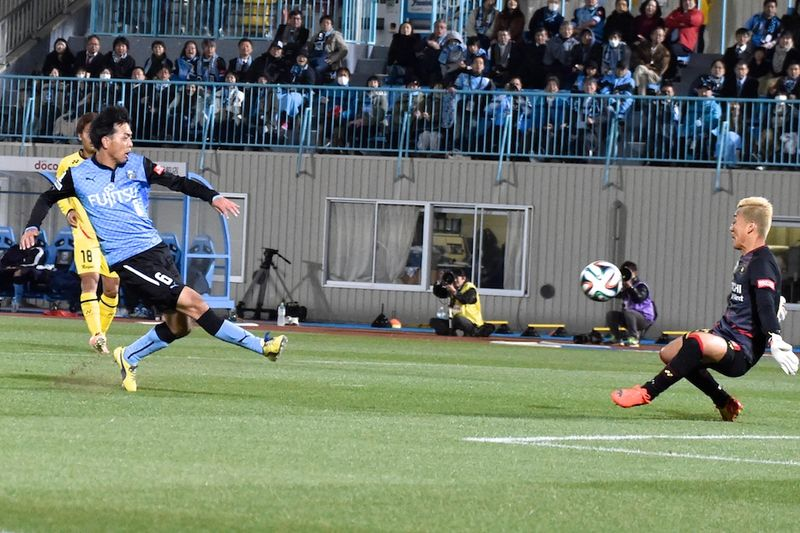 140411frontale  01