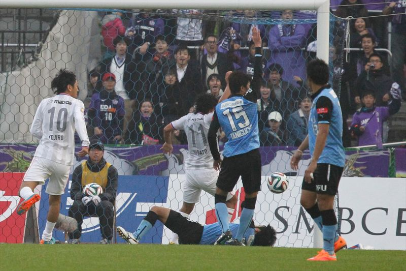 141129frontale 03