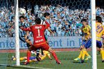 1600504frontale 01