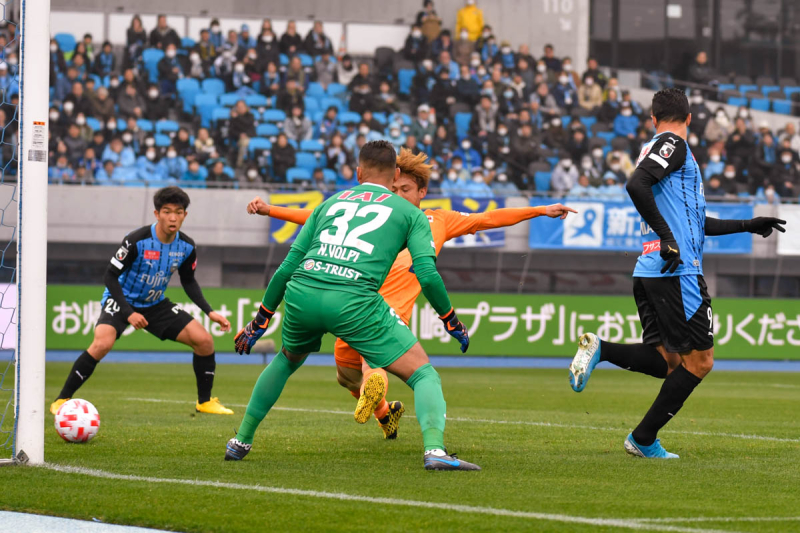 200216frontale-1